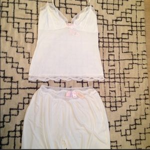 NWT Victoria's Secret Dream Angels Pajama Set S